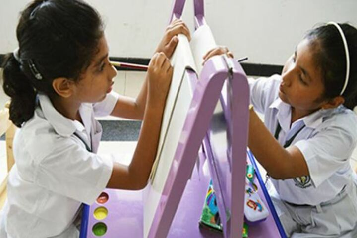 Delhi Public School Khanapara-Art and Craft
