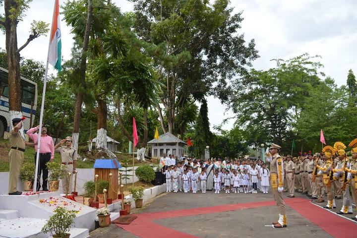 Vivekanand Kendra Vidyalaya - Independence Day