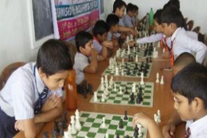 Dolphin Public School-Indoor Games