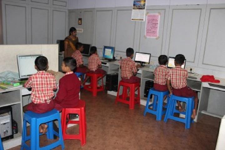 Anand Niketan School-Computer Lab