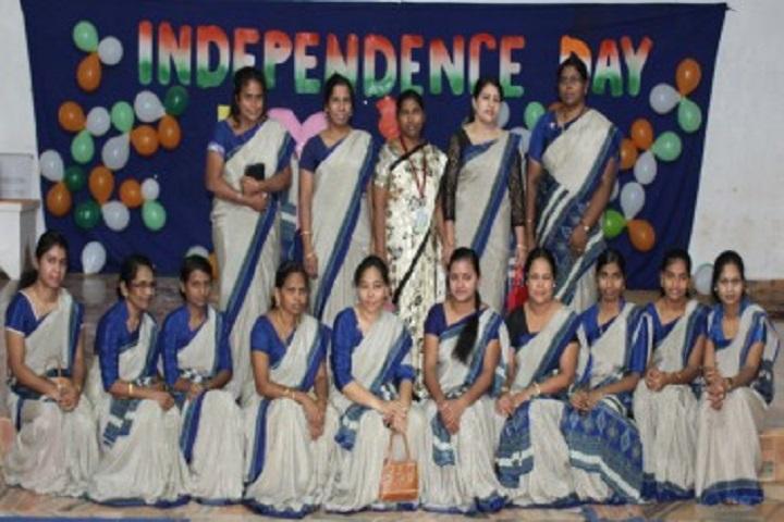 Anand Niketan School-Staff Group Photo