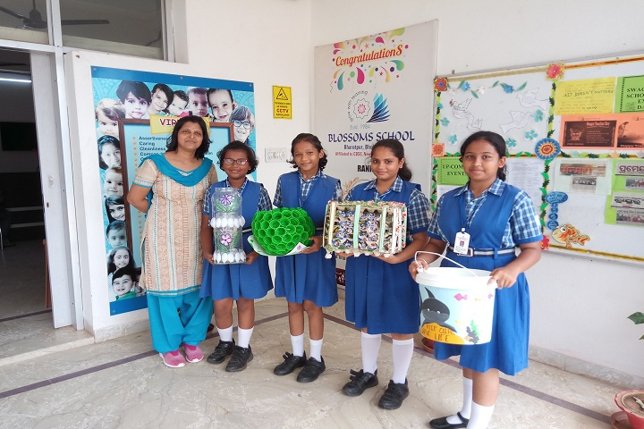 Blossoms School-Art-Craft