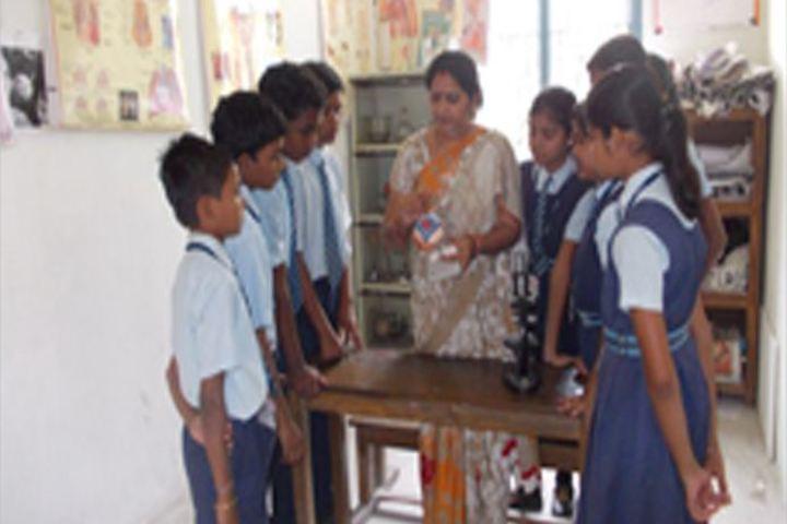 Cement Nagar English Medium School - Science lab