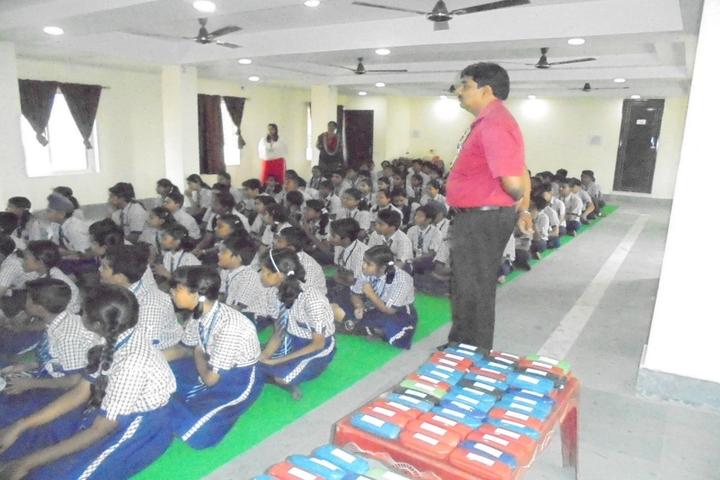 Guru Nanak Public School-Eye Checkup