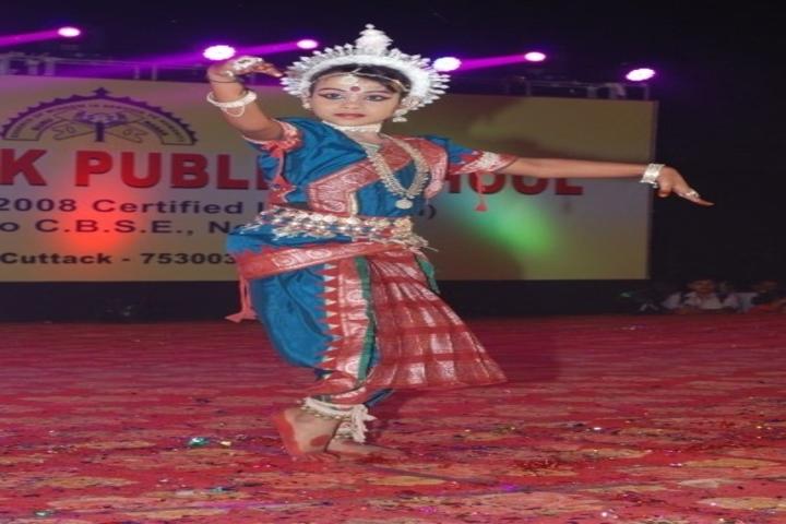 Guru Nanak Public School-Traditional Dance