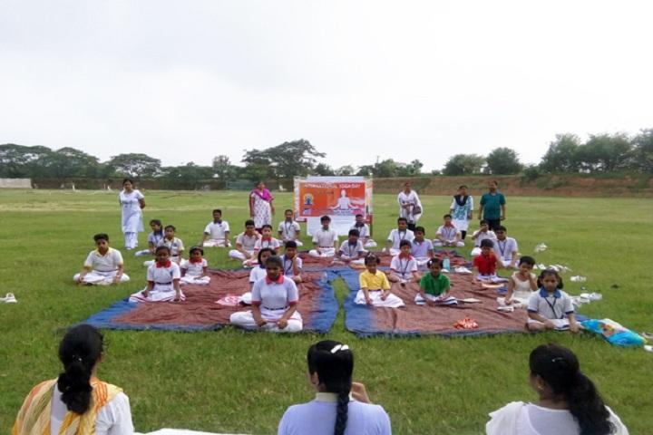 Hi Tech Public School-Yoga