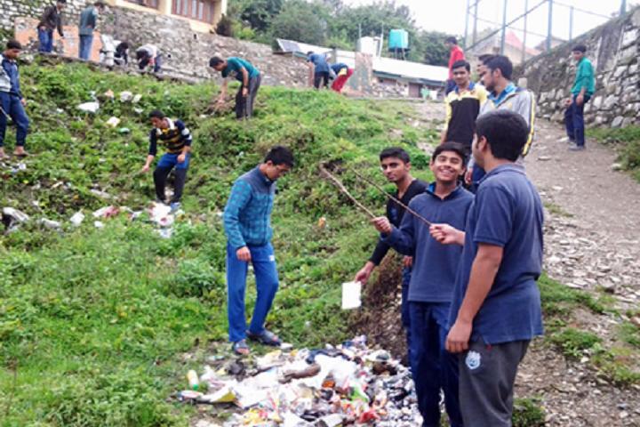 Jawahar Navodaya Vidyalaya-Cleaning The Campus