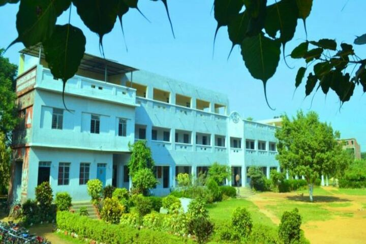East And West High School-Campus