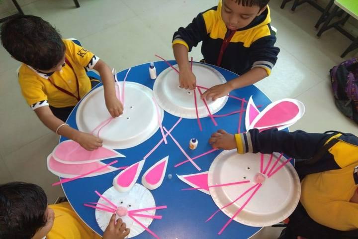 Krishnamurty World School-Art Craft