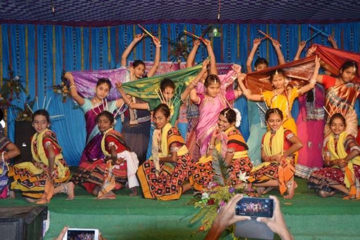 Lions Vocational Public School-Dance1