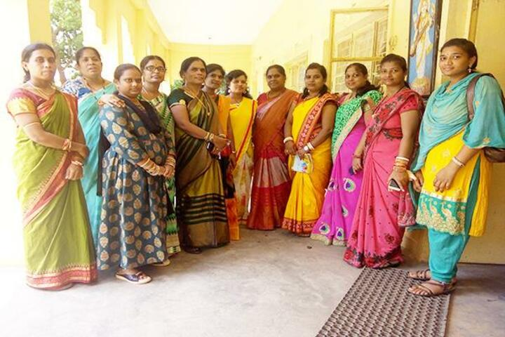 Maharishi Vidya Mandir-Group Photo