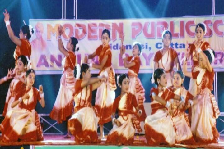 Modern Public School-Dance-Performance