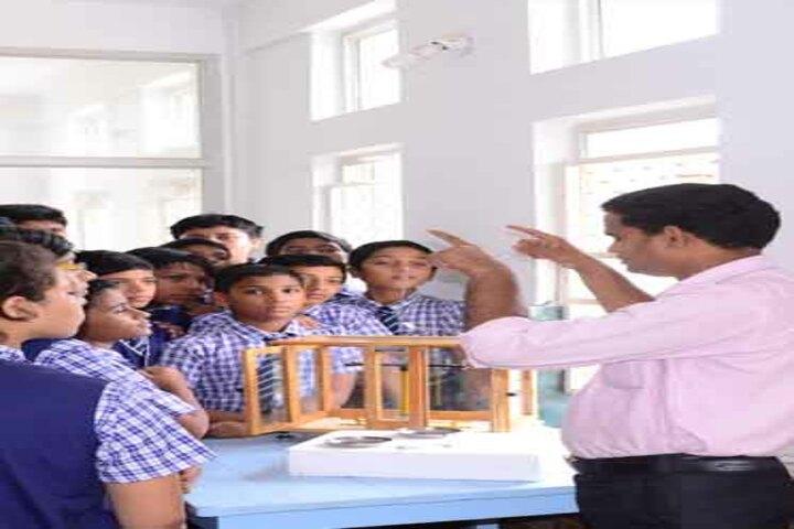 Nri International School-Lab