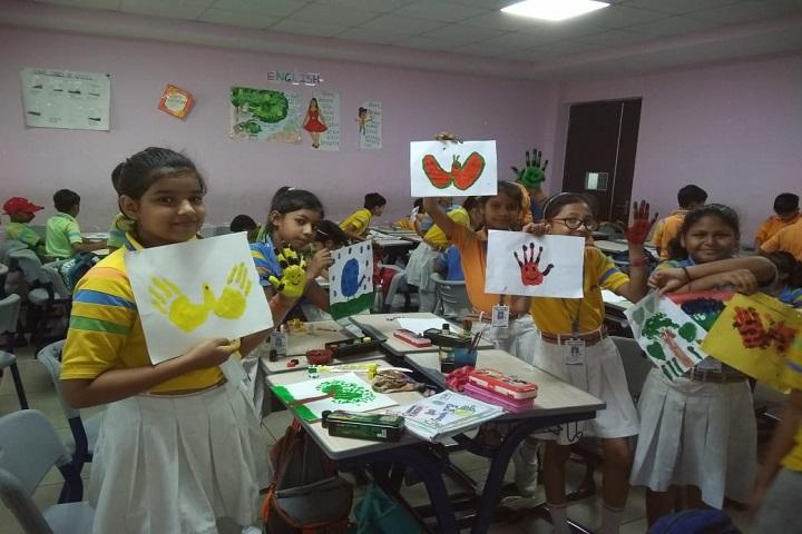 G D Goenka Public School-Finger painting