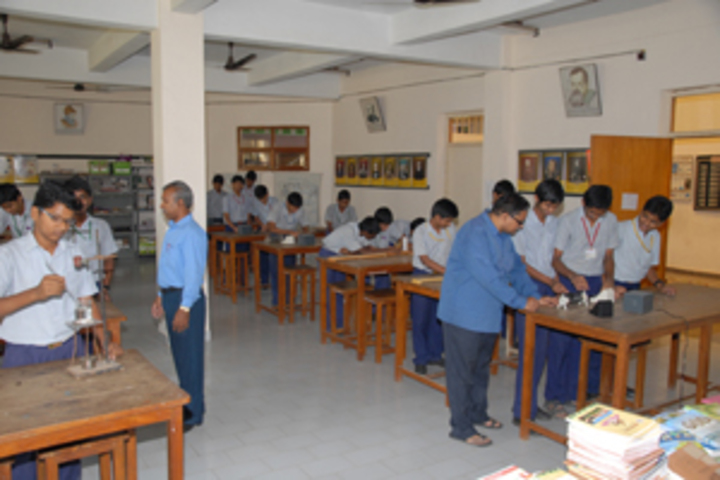 Akshara School-Physics Lab