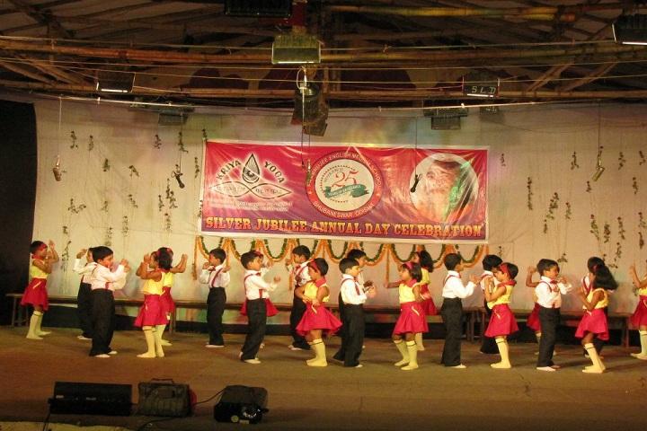 Prabhujee English Medium School-Group Dance
