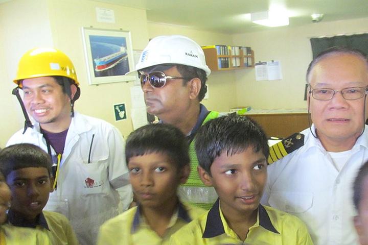 Prabhushree English Medium School-Filed trip