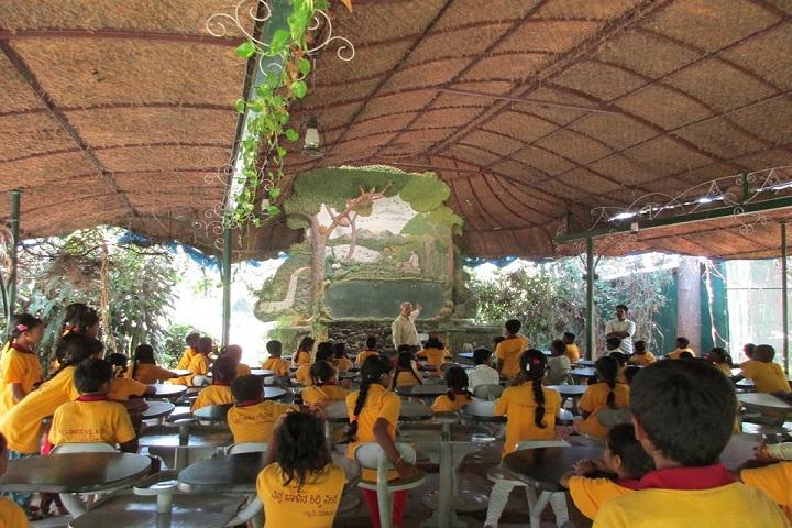 Ramakrishna Mission Ashrama School-Classroom