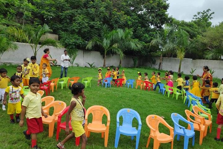Rashtriya Gopal Vidya Mandir-Games