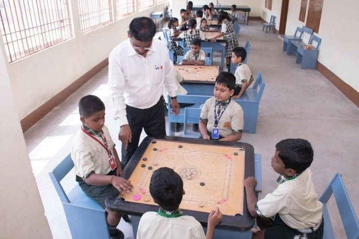 Saraswati Vidya Mandir-Indoor Games