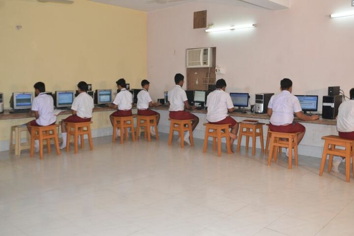 Sivananda Centenary Boys High School-Computer Labs