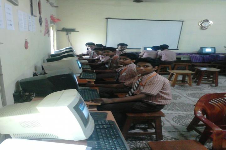 Sri Sathya Sai Kiddies Abode-IT Lab