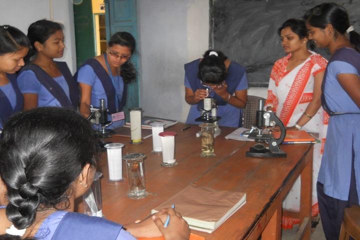 Sri Sathya Sai Vidya Vihar English Medium School-Bio Labs