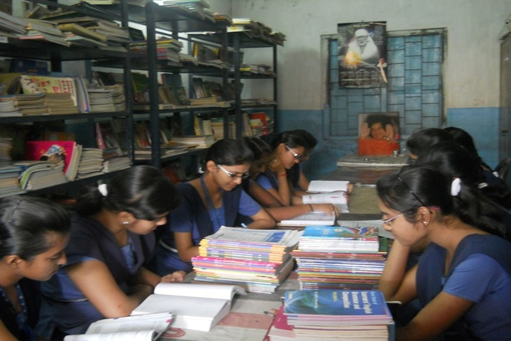 Sri Sathya Sai Vidya Vihar English Medium School-Library