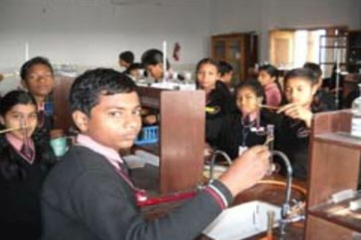 St Arnolds School-Chemistry Labs