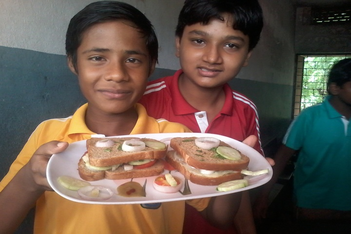 St Xaviers High School-Salad Making Competition
