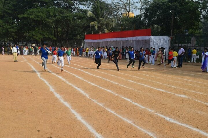 Venkateswar English Medium School-Sports Day