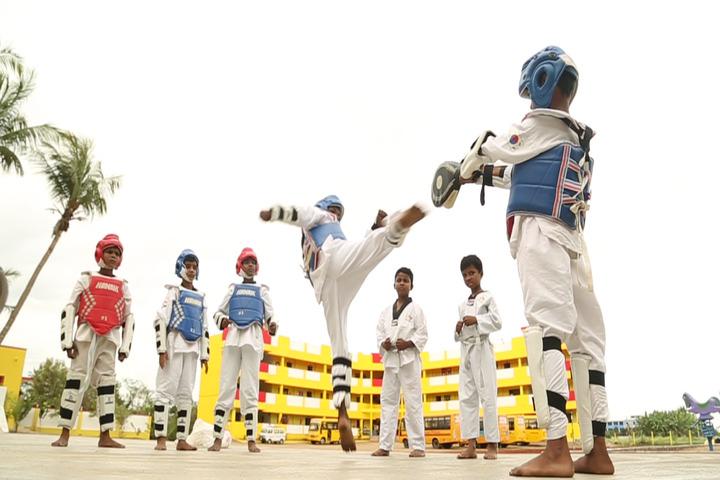 Brainy Blooms Lecole Internationale-Karate