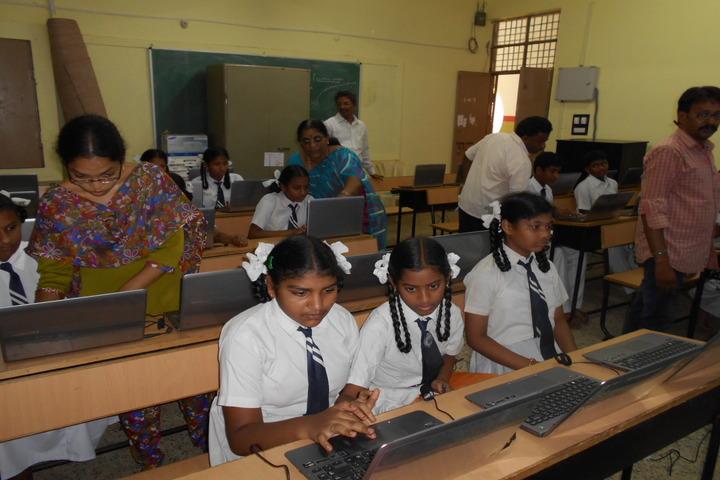 Jawahar Navodaya Vidyalaya Yanam-Samsung Lab