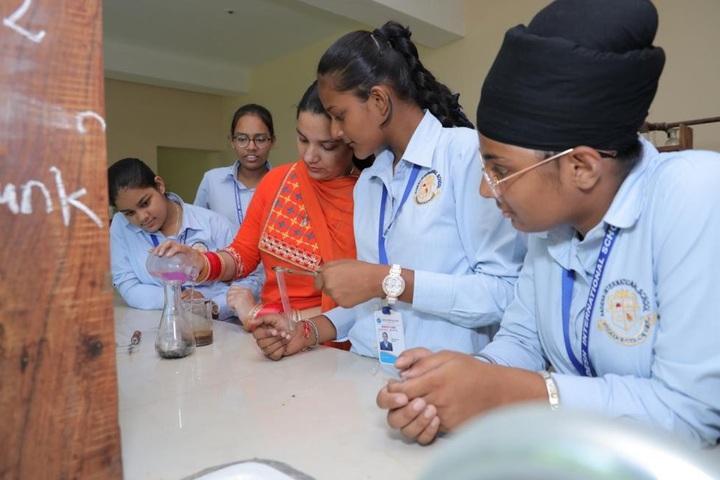 Aadesh International School-Chemistry Lab