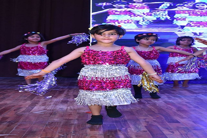 Aakarshan Public School-Dance