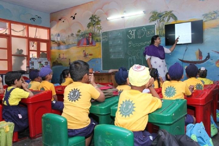 Apollo Public School-Class-Room