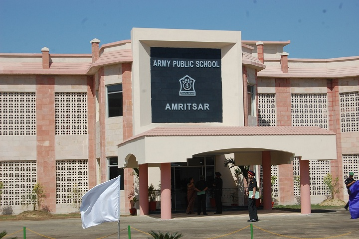 Army School-Campus-View front