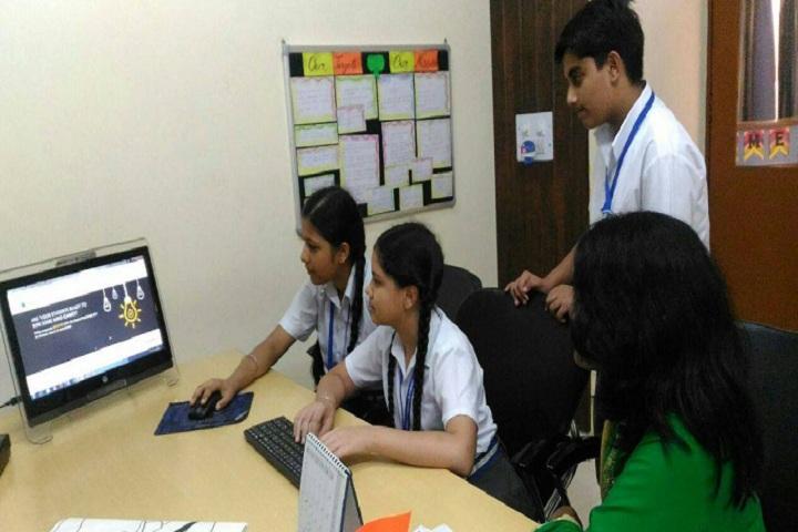 Ashmah International School-Laboratory