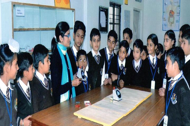 BSMSD Rajput Public School-Laboratory