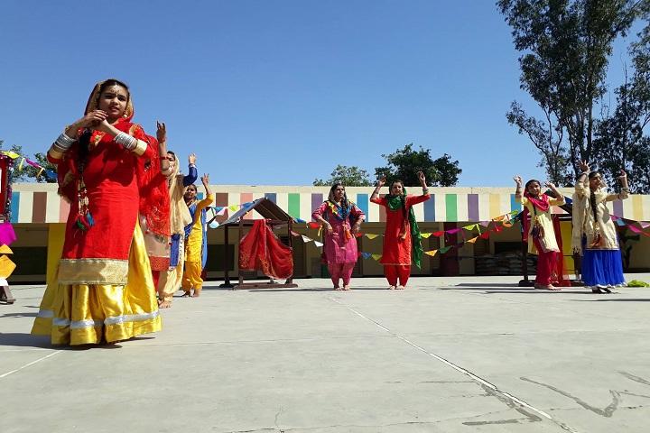 Baba Aapo Aap Guru Nanak Public School-Events