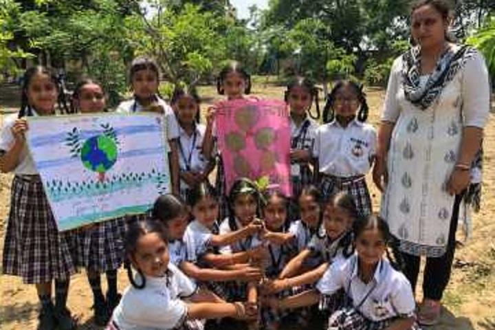 Baba Aapo Aap Guru Nanak Public School-Others earth day