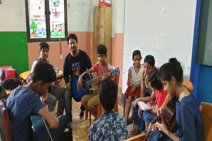 Gyan Jyoti Awasiya Vidyalaya-Music Room
