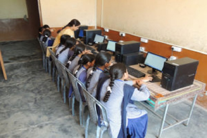 Baba Isher Singh Nanaksar Public School-IT-Lab full view