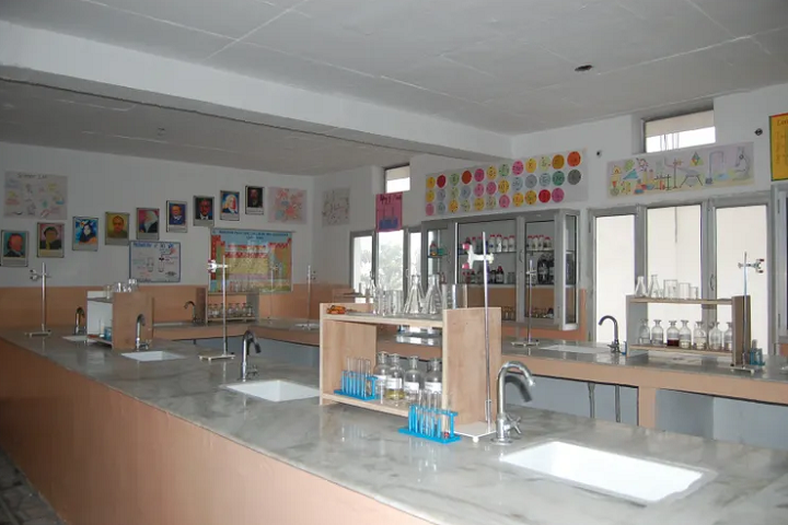 Baba Shri Chand Public School-Laboratory