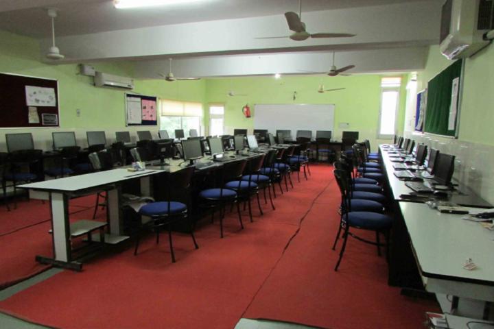 Babu Brish Bhan DAV Public School-IT Lab