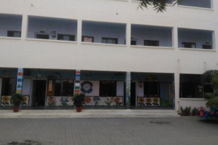 Bachpan English School-Campus-View inside