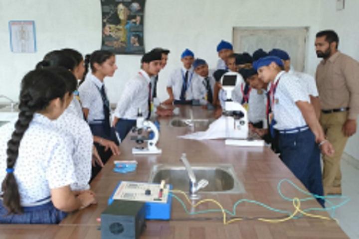 Bachpan International Public School-Physics Lab