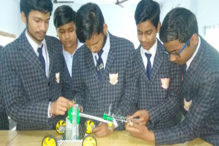Bal Mandir Model Senior Secondary School-Robotics