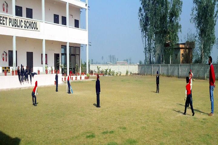 Barefeet Public School-Sports