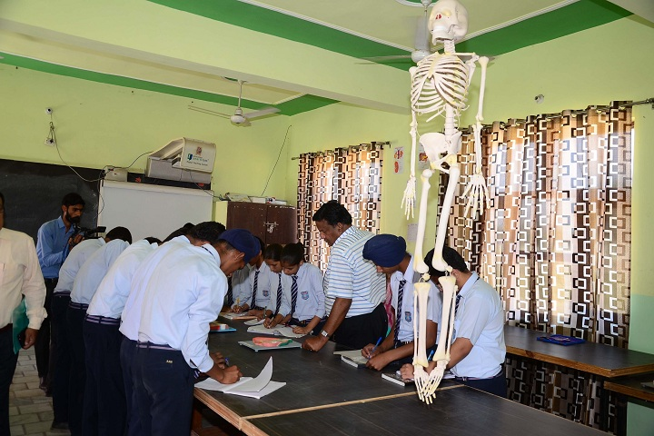 Bhai Mohri Ji Memorial Public Senior Secondary School-Laboratory